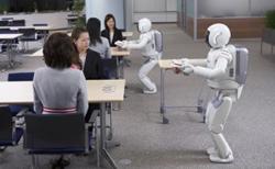 Вместо официантов - роботы